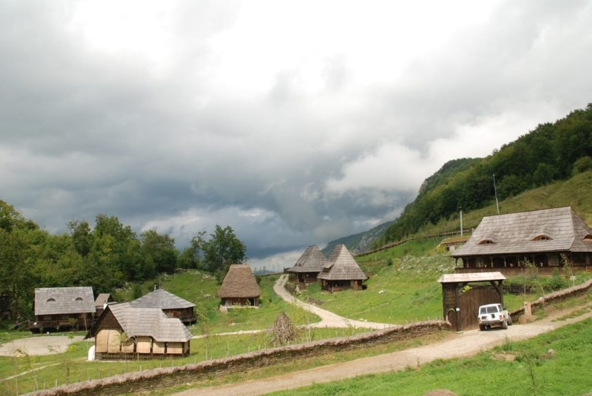private-motorcycle-tours-romania